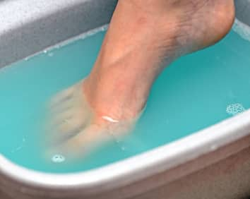 Two Powerful Tips On How To Get Rid Of Toenail Fungus With Bleach