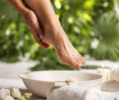 Does Rubbing Alcohol Kill Toenail Fungus – Find Out The Truth