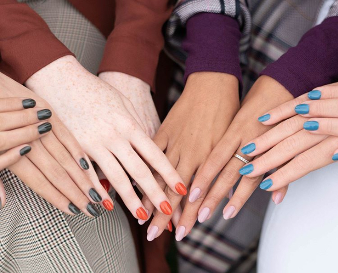 selecting the best nail colors